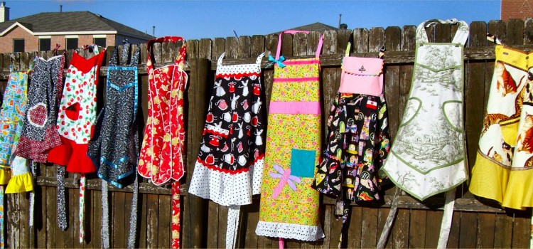 aprons-on-a-fence-2008